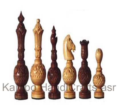 Wooden Carving Chess Pieces
